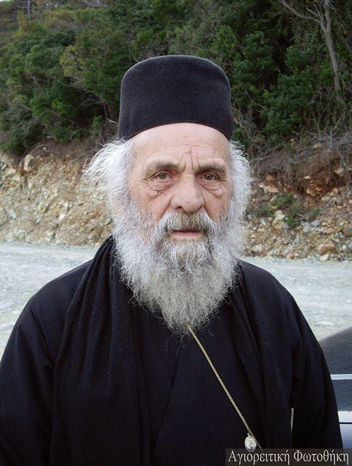 Ioannikios monachos Ravdouchos2 (1927-2012)4.jpg