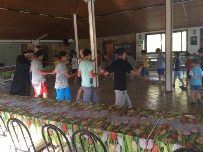 Παραδοσιακοι χοροι.JPG