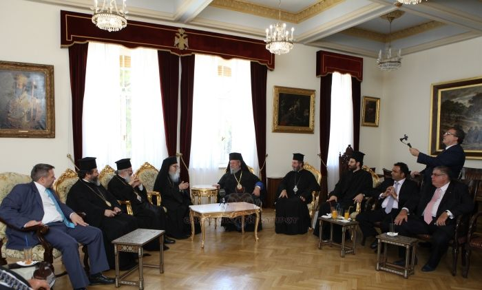 Ο-Αμερικής-Δημήτριος-στην-Ιερά-Αρχιεπισκοπή-Κύπρου-12.7.2016-4.jpg