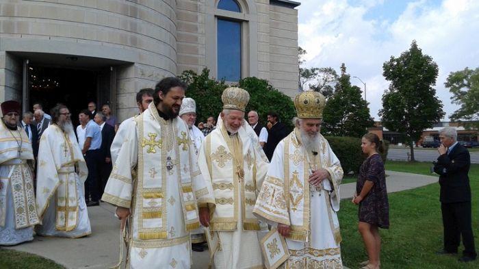 Enthronement-of-Bishop-Mitrofan-Serbian-Orthodox-4.jpg