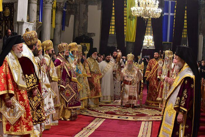 Με λαμπρότητα η Θεσσαλονίκη τίμησε τον Αγιο Δημήτριο (ΦΩΤΟ)