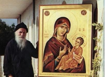 Ο Άγιος Πορφύριος για τη Θεία Λειτουργία και την Ορθόδοξη Λατρεία