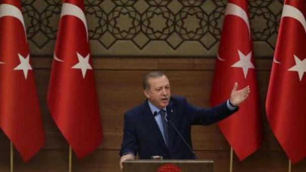 O Ερντογάν προαναγγέλλει εκκαθαριστικές επιχειρήσεις στη Β. Συρία
