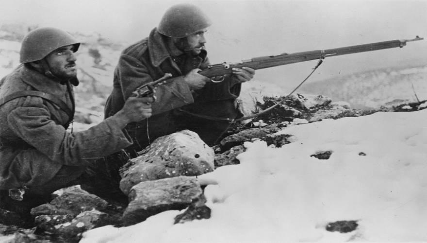 Η στολή του Ελληνα πολεμιστή του 1940 και το τυφέκιο Mauser (ΒΙΝΤΕΟ)
