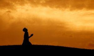 Προσευχή για ανέργους κι απολυμένους