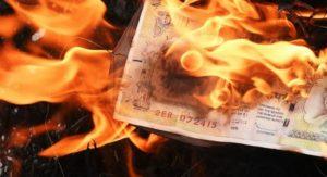 Νέα Τάξη Πραγμάτων: Τι κρύβεται πίσω από την κατάργηση των μετρητών