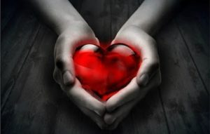 Αγιος σημαίνει σχέση αγάπης!