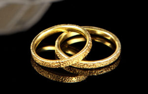 Τι συμβολίζουν οι βέρες στο γάμο