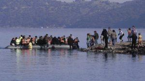 Μητρόπολη Πειραιώς : «Τα βαθύτερα αίτια του σύγχρονου παγκοσμίου μεταναστευτικού προβλήματος»