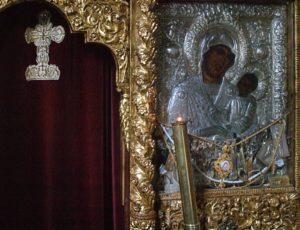 Μονή Κουτλουμουσίου: Η θαυματουργή εικόνα της Παναγίας «Φοβερά Προστασία»