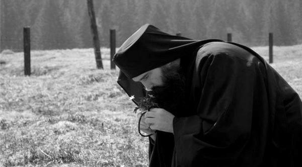 Ο διάβολος φοβάται το κομποσχοίνι και την Ευχή - ΒΗΜΑ ΟΡΘΟΔΟΞΙΑΣ