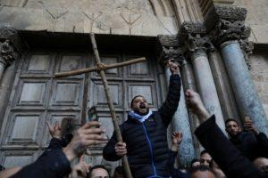 Ιεροσόλυμα: Ανεστάλησαν τα μέτρα φορολόγησης- Ανοιξε ο Ναός της Αναστάσεως (ΒΙΝΤΕΟ)