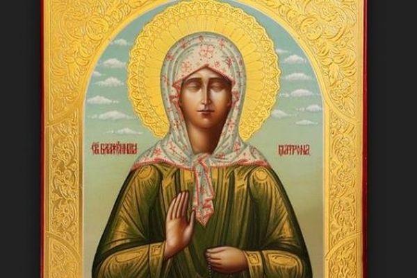 Αποτέλεσμα εικόνας για Αγία Ματρώνα: «Θα βάλουν μπροστά σας τον ΣΤΑΥΡΟ και το ΨΩΜΙ και θα σας πούν «Διαλέξετε!»