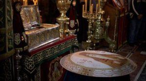 Άγιο Όρος: Έτσι φτιάχνουν τα κόλλυβα οι μοναχοί