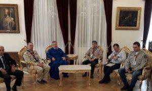 Στον Αρχιεπίσκοπο Κύπρου πρόσκοποι του «ΔΕΣΜΟΣ»