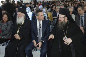 Ο Αρχιεπίσκοπος στα εγκαίνια νέας μονάδας του εργοστασίου Παπαστράτος (ΦΩΤΟ)