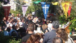 Πανήγυρις Αγίου Γεωργίου και διανομή γάλακτος στους Αγίους Ισιδώρους (ΦΩΤΟ)