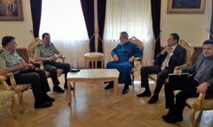 Στον Κύπρου Χρυσόστομο ο αποχωρών και ο νέος διοικητής της ΕΛ.ΔΥ.Κ.