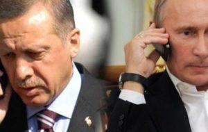 Ο Ερντογάν αρνήθηκε στον Πούτιν να απελευθερώσει  τους δυο Έλληνες στρατιωτικούς (βίντεο)