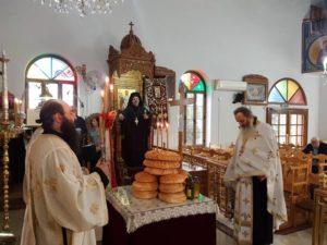 Εσπερινός της Μεσοπεντηκοστής στην Παναγία του Τράχωνα (ΦΩΤΟ)