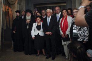 Ο Αρχιεπίσκοπος και ο Πρόεδρος της Δημοκρατίας στην έκθεση για τον Πανάγιο Τάφο (ΦΩΤΟ)