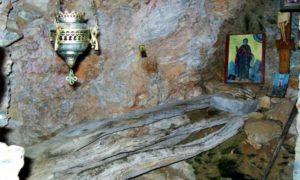 Ο μακαριστός Γέροντας Μάρκελλος μιλάει για τους αόρατους ασκητές στο Άγιον Όρος