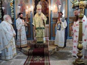 Πανηγυρική Λειτουργία στον Ναό των Αγίων Κωνσταντίνου και Ελένης Άρτης (ΦΩΤΟ)