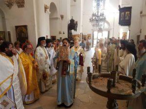 Θεία Λειτουργία στην Ιερά Μονή Αποστόλου Βαρνάβα στα κατεχόμενα (ΦΩΤΟ)