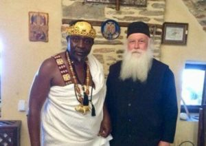Αφρικανός βασιλιάς τοπικής φυλής βαπτίστηκε Χριστιανός στο Αγιο Ορος (ΦΩΤΟ)