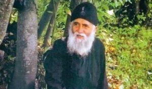 Άγιος Γέροντας Παΐσιος: «Δεν παρασύρονται όλοι – Ο Θεός διατηρεί μια ζύμη για τις επόμενες γενιές»