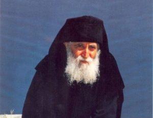 Άγιος Γέροντας Παΐσιος: Η στενοχώρια αφοπλίζει τον άνθρωπο
