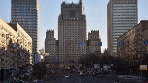 Ρωσία: Η Ουάσινγκτον βρίσκεται πίσω από την αντι-ρωσική απόφαση για τις απελάσεις