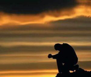 Το στόμα έλεγε την Προσευχή και ο νους μετρούσε τόκους και συμβόλαια!