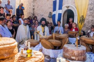 Θεία Λειτουργία στην Ιερά Μονή Κοιμήσεως της Θεοτόκου Δημιόβης (ΦΩΤΟ)