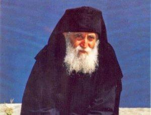 Αγιος Γέροντας Παΐσιος: «Σε κάθε δύσκολη περίοδο δεν παρασύρονται όλοι»
