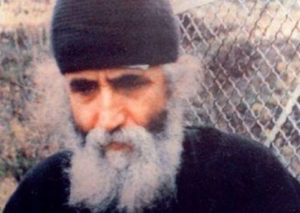 Σπάνιο βίντεο με τον Αγιο γέροντα Παΐσιο