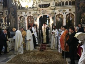 Επιμνημόσυνη δέηση από τον Αρχιεπίσκοπο για τους εκλιπόντες Βοιωτούς βουλευτές (ΦΩΤΟ)
