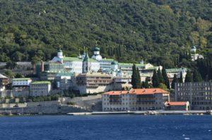 Οι εντυπώσεις ενός «άπιστου» επισκέπτη από την αγιορείτικη ρωσική Μονή Αγίου Παντελεήμονα