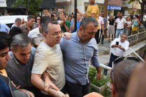 Τουρκία τώρα: Ελεύθερος ο πάστορας Μπράνσον