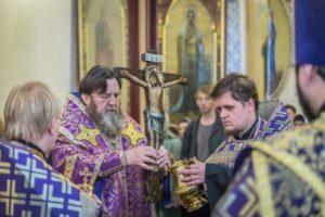 Η Υψωση του Τιμίου Σταυρού στην Αυτόνομη Δημοκρατία Ουδμουρτίας της Ρωσίας (ΦΩΤΟ)