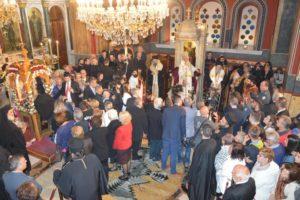 Η Αρκαδία υποκλίθηκε στην Αγία Ζώνη της Παναγίας- Εως την Τρίτη το πρωί το προσκύνημα