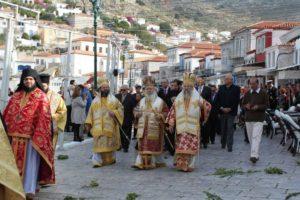 Η Υδρα τίμησε τον Πολιούχο της Αγιο Νεομάρτυρα Κωνσταντίνο (ΦΩΤΟ)