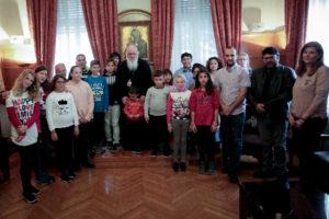 Τι συμβούλευσε μικρούς μαθητές από τη Νάξο ο Αρχιεπίσκοπος (ΦΩΤΟ)