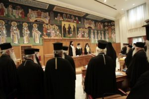 Απίστευτοι διάλογοι στην Ιεραρχία – Ποιος ζήτησε παραίτηση του Αρχιεπισκόπου