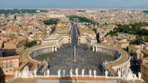 Βατικανό: Τι ειπώθηκε στη συνέλευση για τα ερωτικά σκάνδαλα