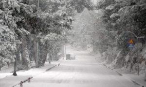 Καιρός ΕΜΥ: Χιόνια και χαμηλές θερμοκρασίες