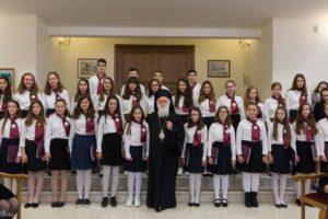 Κάλαντα Χριστουγέννων στον Αλβανίας Αναστάσιο (ΦΩΤΟ)