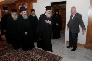Μπλόκο από την Εκκλησία της Κρήτης στη συμφωνία