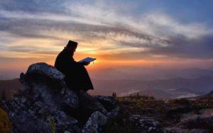 Πρωτοχρονιά ξημερώνει στο Ιερό Βουνό