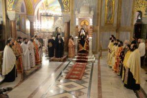 Πάτρα: Εσπερινός για την επανακομιδή του Σταυρού του Αποστόλου Ανδρέα (ΦΩΤΟ)